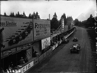 Three cars at the 1929 24 Hours of Spa.jpg