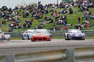 Thruxton Circuit - Racing at Thruxton