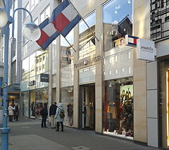 tommy hilfiger corporate office