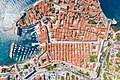 Top-Down-Blick auf die Altstadt von Dubrovnik, Kroatien (48612995251).jpg