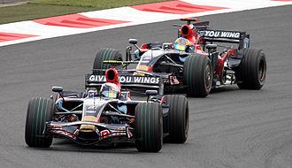 Scuderia Toro Rosso - Sebastian Vettel leads Sébastien Bourdais at the 2008 Japanese Grand Prix.