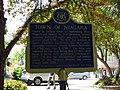 Town of Niagara plaque (facing towards street) - Niagara-On-The-Lake Ontario.jpg