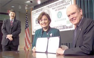 Rosario Marin - Treasury Secretary John Snow and Treasurer Rosario Marin, 2003