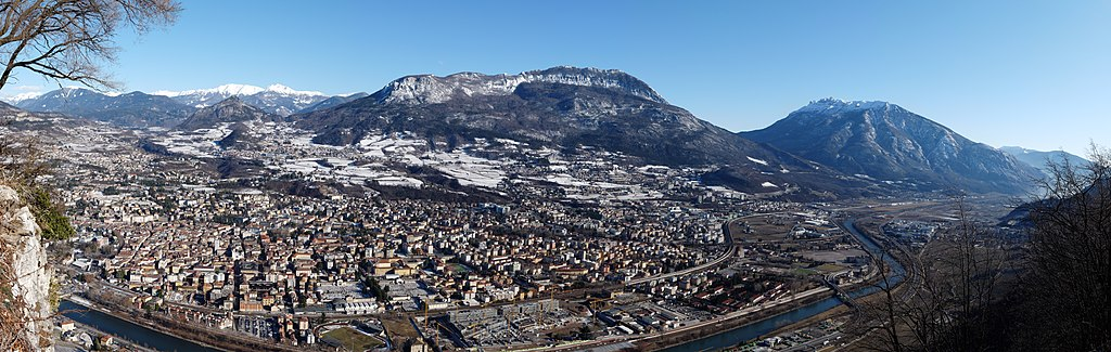 Trento-hires panorama from Sardagna in winter