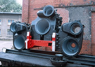 DRG Class 44 - A Class 44 cylinder and section of locomotive frame