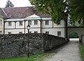 Trzebieszowice, zespół dworski, mur oporowy, 07.JPG