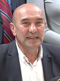 Tunç Soyer (cropped).png