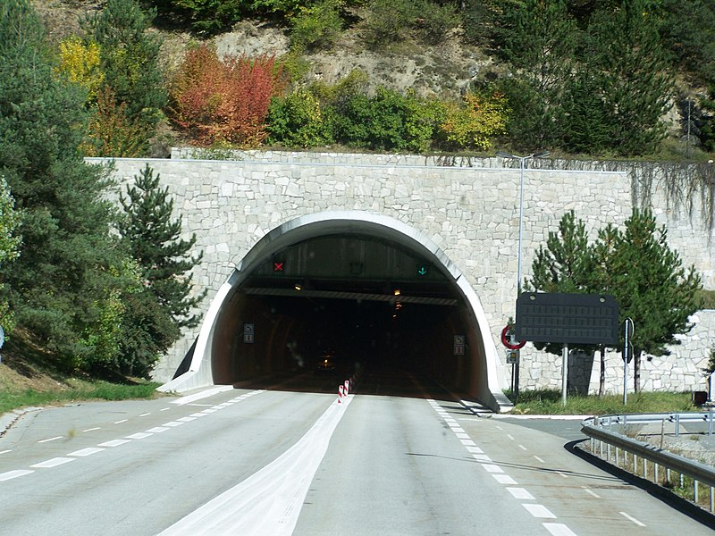 Entry (south) of tunnel du Siaix situated in Tarentaise, Savoie, France.