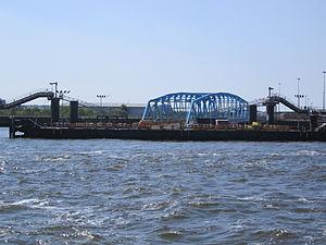Twelve Quays Ro-ro ferry terminal, Birkenhead.jpg