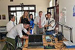 U.S. Ambassador Ted Osius visits the Maker Innovation Space located in University of Danang (36323615194).jpg