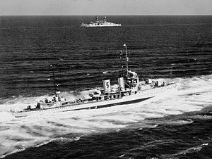 USS Farragut (DD-348) - Farragut underway in September 1939.