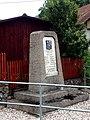 Věžná (ZR), pomník (2).jpg