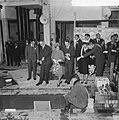 V.l.n.r. koning Bhumibol, ir. H.J. Schoenmaker, koningin Sirikit, ir. W.E. Bijle, Bestanddeelnr 911-7007.jpg