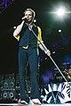 Van Halen-8795 (20649618661).jpg