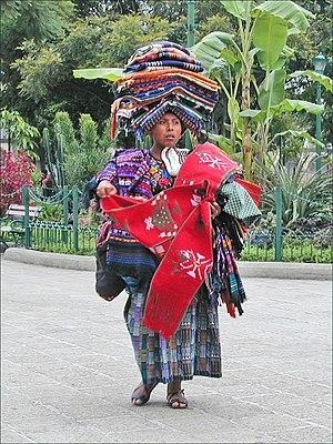Vendeuse de souvenirs (Antigua, Guatemala) (6941638140)
