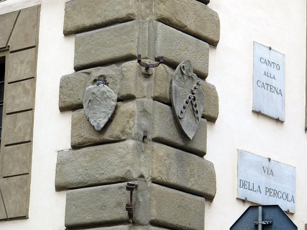 File via della pergola 41 casa dell 39 arte della lana 10 stemmi alberti su canto alla catena jpg - Arte della casa ...