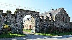 Vieux Doyenné (entrée) - Péaule.jpg