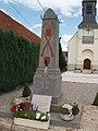 Villers-Sir-Simon-Monument-aux-Morts-Juillet-2006.jpg