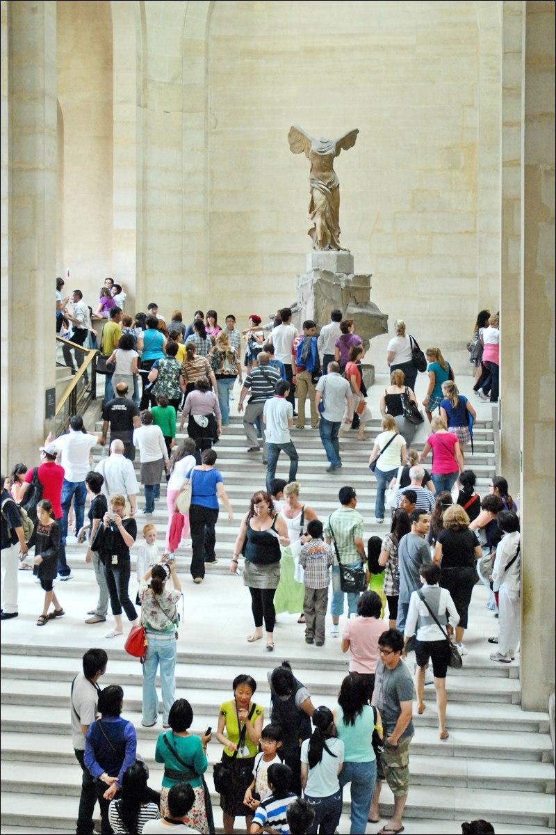 Visiter le Louvre en %C3%A9t%C3%A9 ! (4787187477)