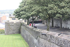 1689 in Ireland - The Walls of Derry.