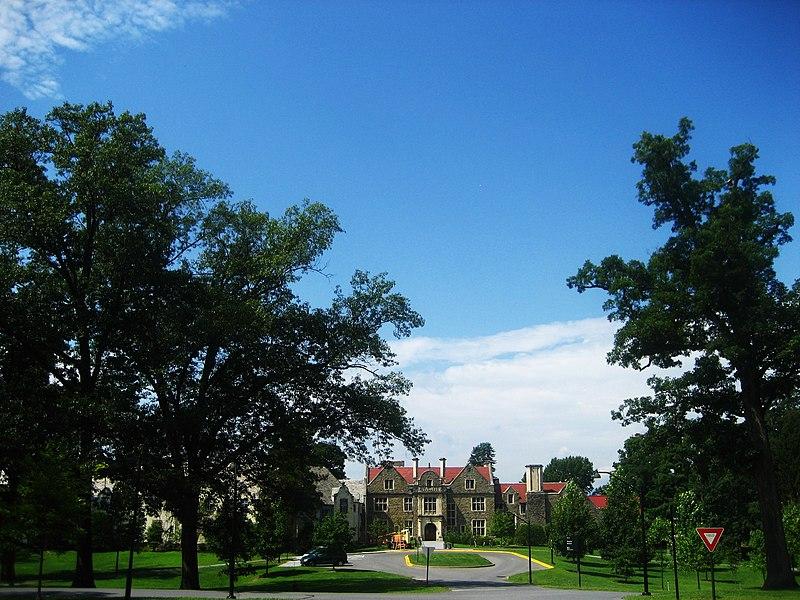 File:Ward Manor Bard College.jpg