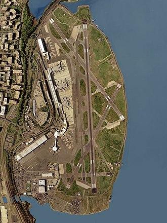 Abingdon (plantation) - United States Geological SurveyRonald Reagan Washington National Airport (2002)