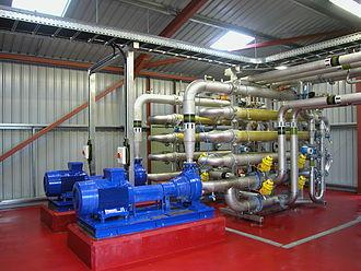 Membrane bioreactor - UF membrane side stream configuration