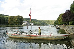 Waulsort - A boat on the Meuse in Waulsort