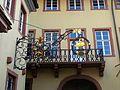 Wirtshausschild aus Schmiedeeisen Innenhof, Nebentrakt des Palais Morass.JPG