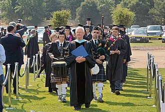 Portola Valley, California - Image: Woodside Priory School graduation procession 2008