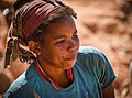 Worker, Madagascar (23636800274).jpg