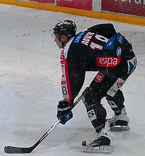 Yohann Auvitu - Auvitu preparing for face-off with JYP Jyväskylä at the 2011–12 season.