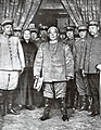 Yuan Shikai with army officers.jpg