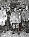 Yuan Shikai with army officers.jpg
