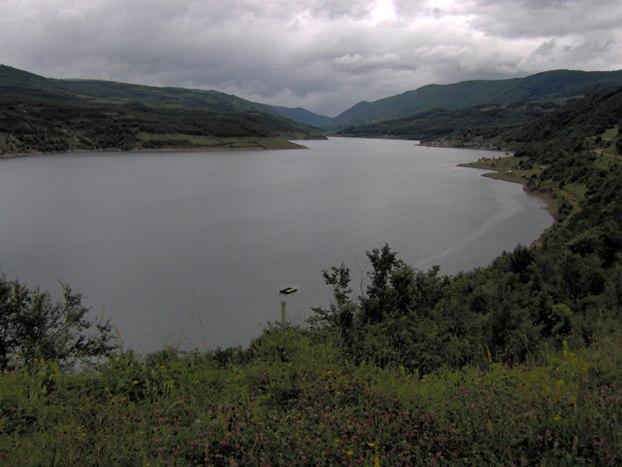 Zavojsko jezero ana