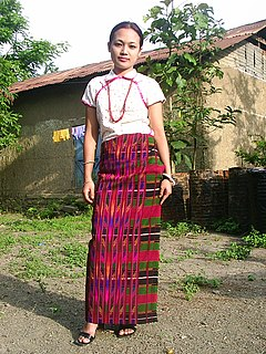 Zou people indigenous community living along the frontier of India and Burma, they are a sub-group of the Zo people (Mizo-Kuki-Chin).