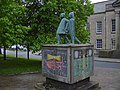 """Looking to the Future"" Sculpture outside the Magistrates Courthouse - geograph.org.uk - 1318815.jpg"