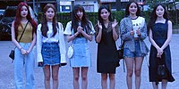 (G)I-DLE arriving at KBS Music Bank in August 17, 2018 (2).jpg