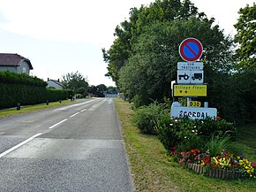 Écordal (Ardennes) city limit sign.JPG