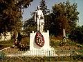 Братська могила 30 радянських воїнів, які загинули в 1943р Жуківка 01.jpg