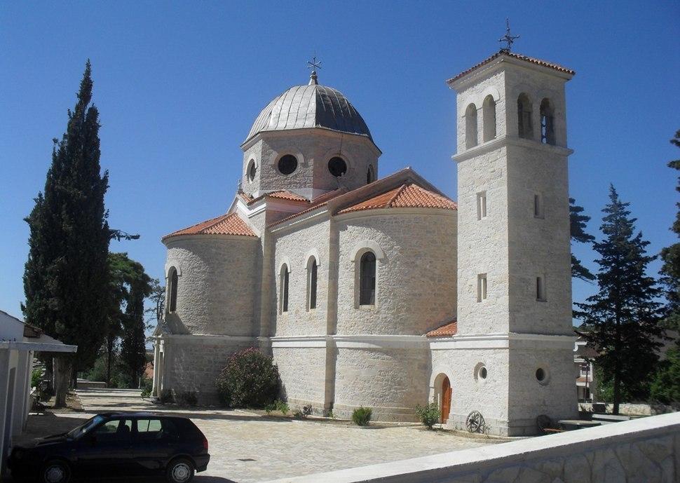 Православни храм Бенковац