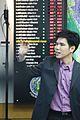 นายกรัฐมนตรี บันทึกเทปรายการเชื่อมั่นประเทศไทยกับนายกฯ - Flickr - Abhisit Vejjajiva (142).jpg
