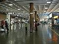 제주 공항 홀 Jeju Airport Vinyl Columns 済州空港内 - panoramio.jpg