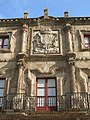 031 Palacio de Revillagigedo (Gijón), escut del marquès de San Esteban del Mar de Natahoyo.jpg