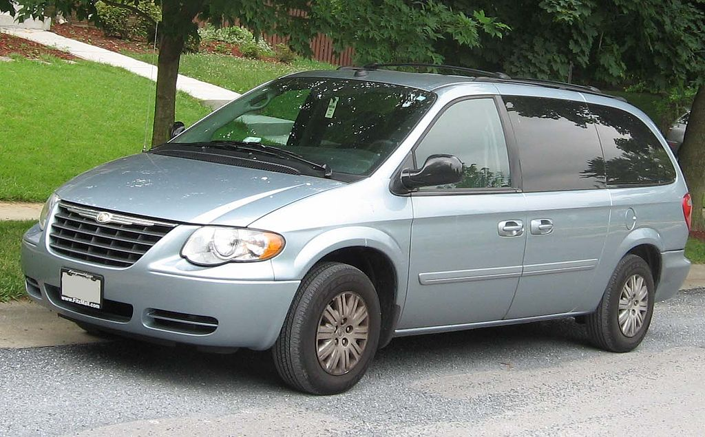 file 05 07 chrysler town and country lx wikimedia commons. Cars Review. Best American Auto & Cars Review