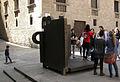 102 Topos V, de Chillida, pl. del Rei.jpg