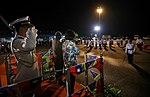 11.01 總統抵達索羅門群島,蘇嘉瓦瑞總理並陪同蔡總統登上受禮台,接受儀隊指揮官行禮致敬 (37379382224).jpg