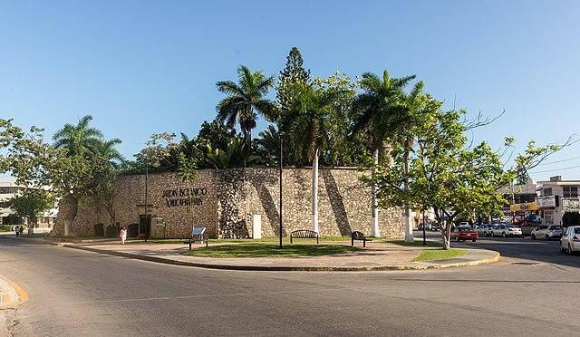 Jardín Botánico Xmuch'Haltun