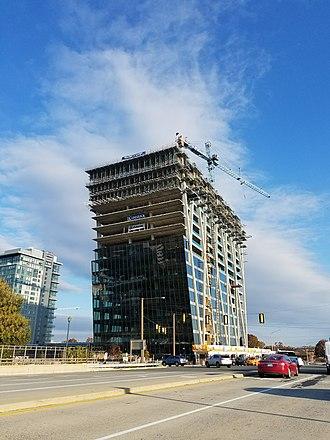 Helmut Jahn - 1900 Reston Metro Plaza: Helmut Jahn Building (under construction 2016)