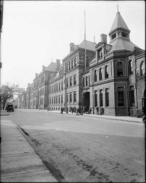 The English High School - Image: 1920 English High School Boston 2589540239